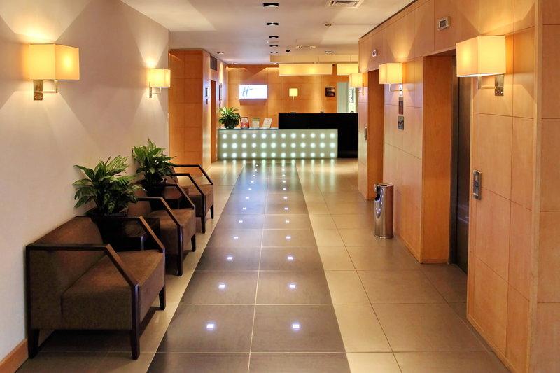 Holiday Inn Express Redditch-Hotel Lobby<br/>Image from Leonardo