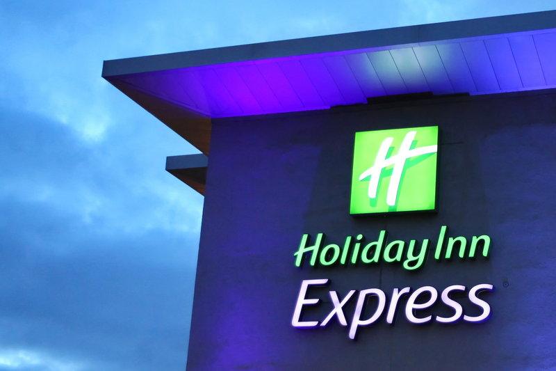 Holiday Inn Express Redditch-Hotel Exterior<br/>Image from Leonardo