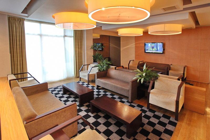 Holiday Inn Express Redditch-Bar & Lounge<br/>Image from Leonardo