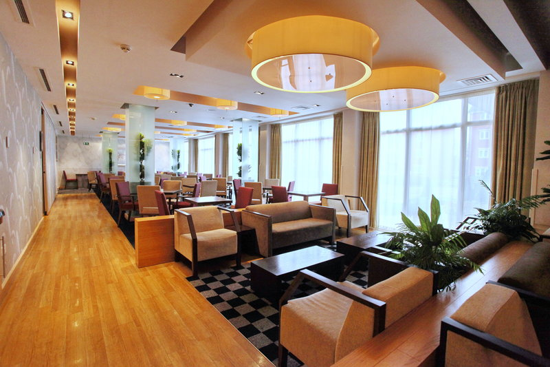 Holiday Inn Express Redditch-Pre-Function Area 1<br/>Image from Leonardo