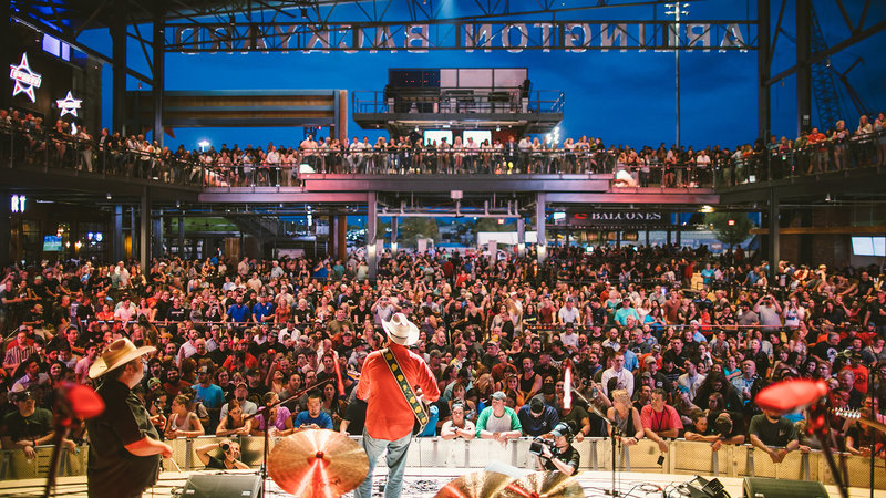 Crowne Plaza Suites Arlington - Ballpark - Stadium-Grab a drink and watch a live show at Arlington Backyard!<br/>Image from Leonardo