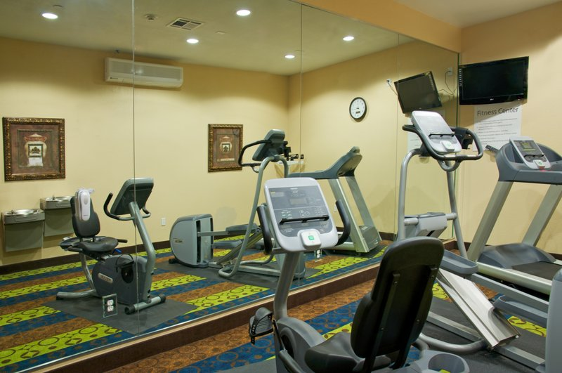 Holiday Inn Express and Suites Galveston Beach-Fitness Center<br/>Image from Leonardo
