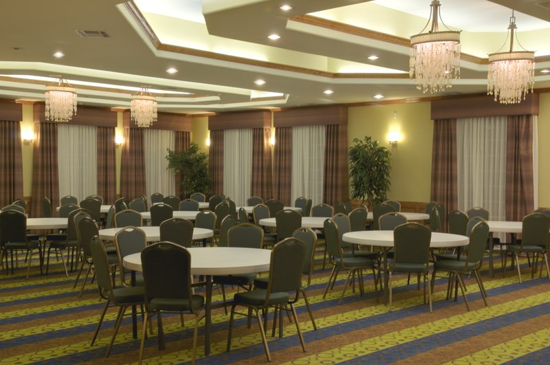 Holiday Inn Express and Suites Galveston Beach-Meeting Room<br/>Image from Leonardo