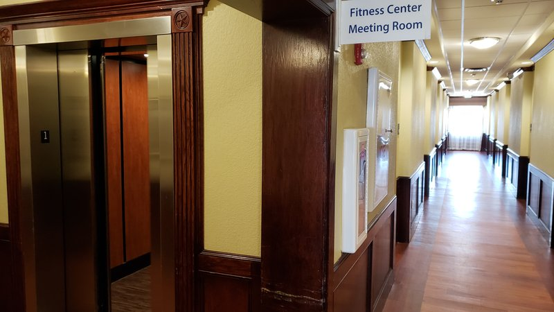 Holiday Inn Express and Suites Galveston Beach-Elevator access from Parking to your floor.<br/>Image from Leonardo