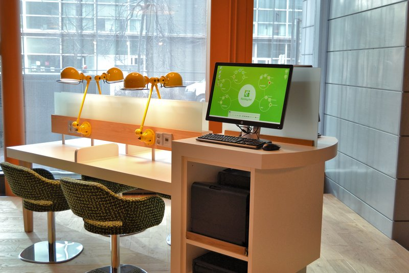Holiday Inn Helsinki City Centre-Open Lobby E-Bar is a place where you can print your boarding pass<br/>Image from Leonardo
