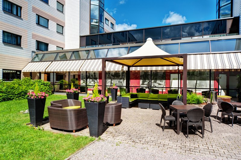 Holiday Inn Helsinki - Vantaa Airport-Enjoy the summer days at our patio<br/>Image from Leonardo