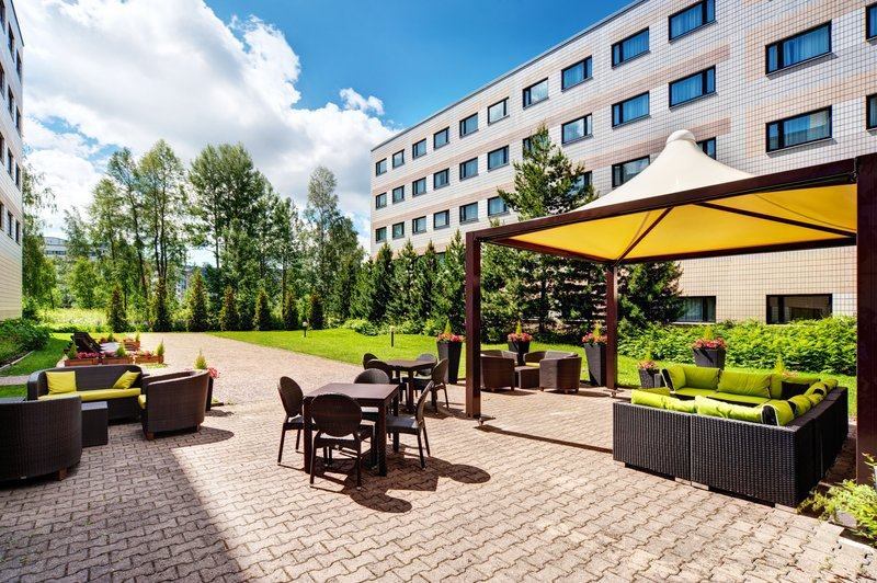 Holiday Inn Helsinki - Vantaa Airport-Dine and wine at the guest patio of our hotel<br/>Image from Leonardo