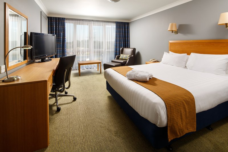 Holiday Inn Basildon-Guest Room<br/>Image from Leonardo