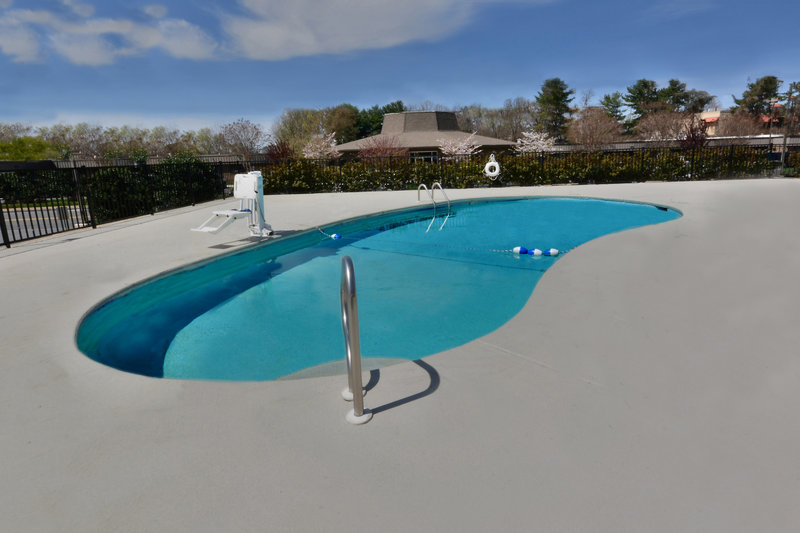 Holiday Inn Express Lynchburg-Cool down this summer in our Lynchburg, VA hotel's swimming pool!<br/>Image from Leonardo
