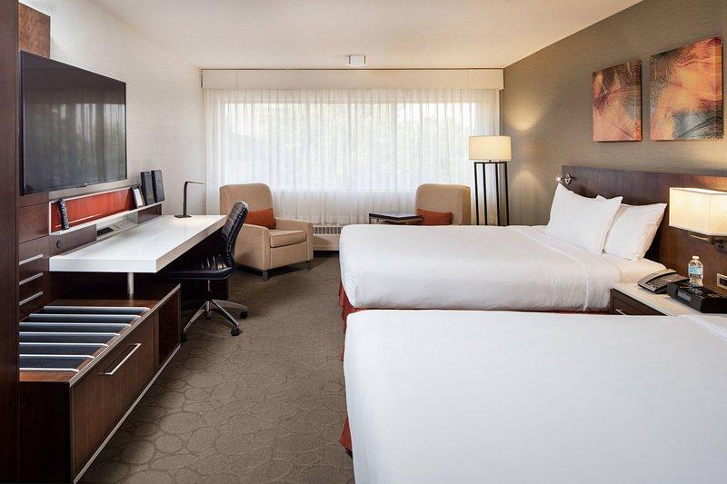 Delta Hotel Calgary South-Queen/Queen Delta Deluxe Room<br/>Image from Leonardo