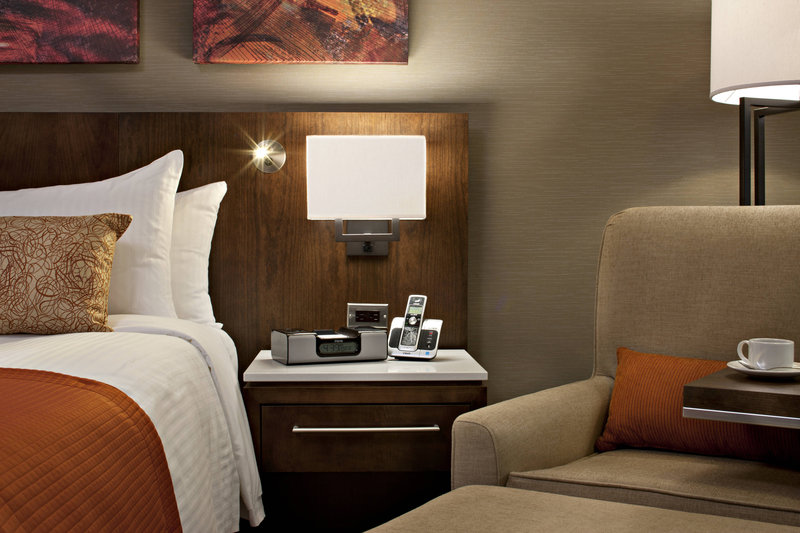 Delta Hotel Calgary South-Deluxe Guest Room Amentities<br/>Image from Leonardo