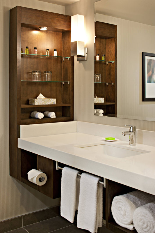 Delta Hotel Calgary South-Deluxe Guest Bathroom Amenities<br/>Image from Leonardo