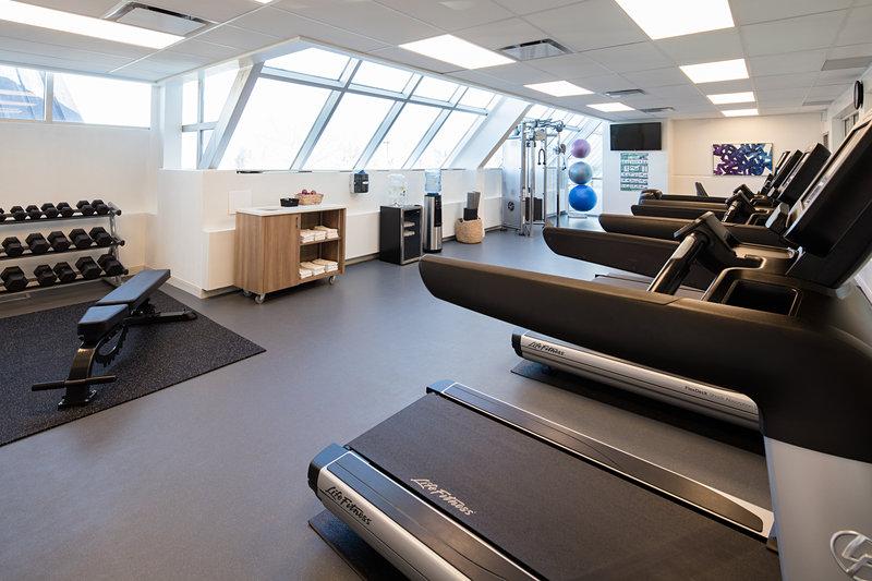 Delta Hotel Calgary South-Fitness Center<br/>Image from Leonardo