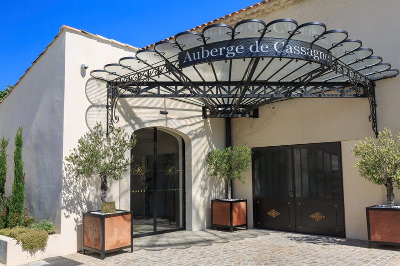 Auberge de Cassagne-Entrance<br/>Image from Leonardo