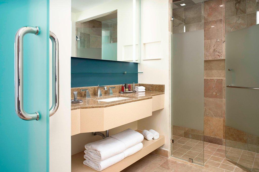 Marriott Puerto Vallarta Resort & Spa - Ocean View Guest Room - Bathroom <br/>Image from Leonardo