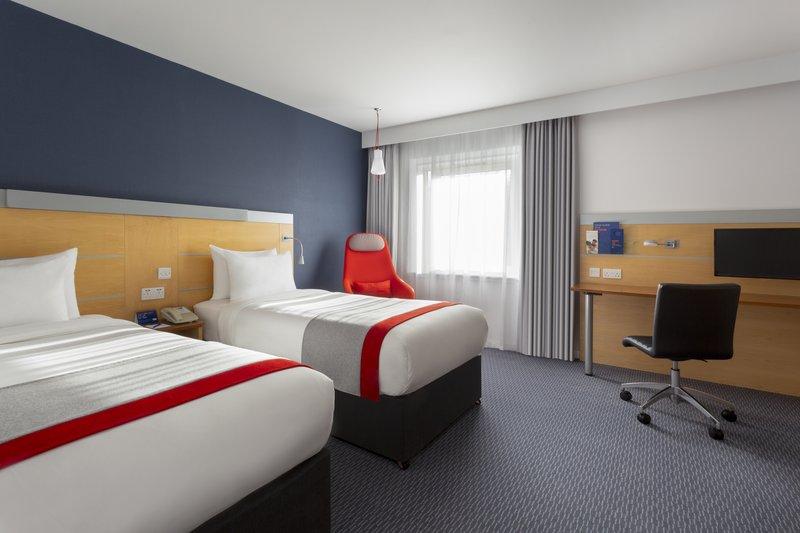 Holiday Inn Express Redditch-Guest Room<br/>Image from Leonardo
