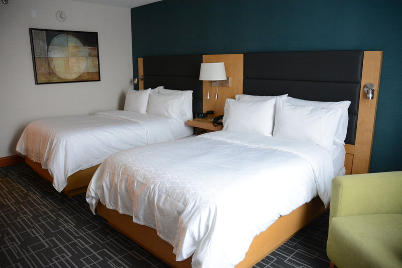 Holiday Inn Express & Suites Stamford-Single Bed Guest Room<br/>Image from Leonardo
