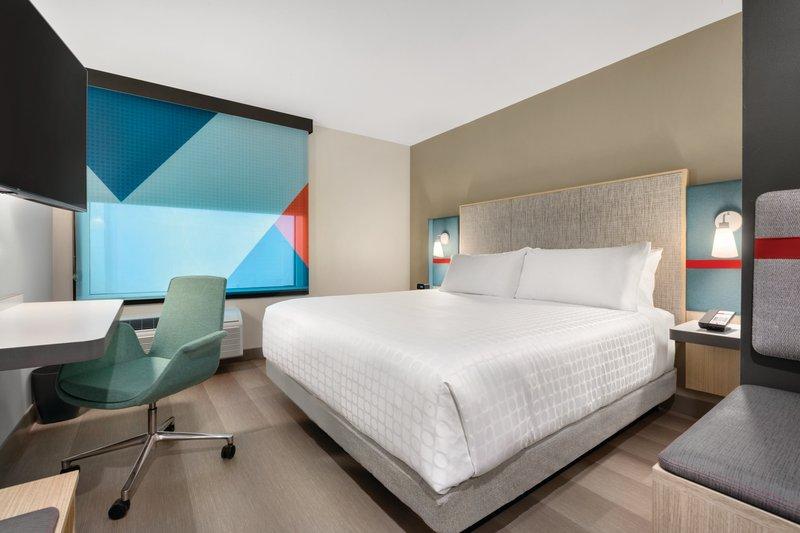 Avid Hotel Oklahoma City Airport-1 King Room<br/>Image from Leonardo
