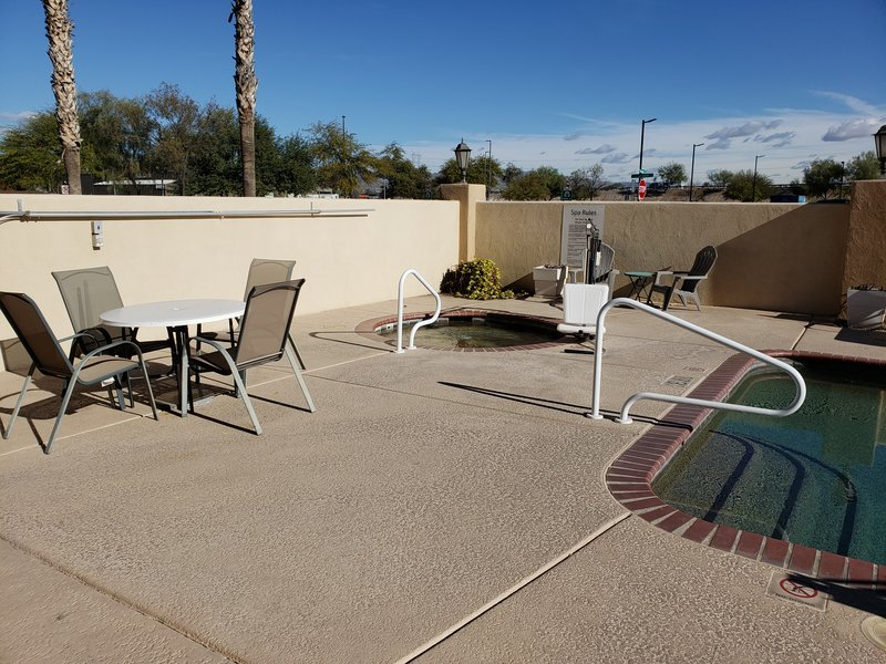 Holiday Inn Express & Suites Marana-Swimming Pool<br/>Image from Leonardo