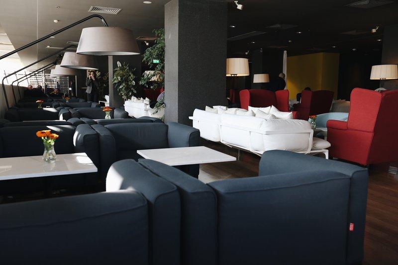 Holiday Inn Tbilisi-Lounge Bar <br/>Image from Leonardo