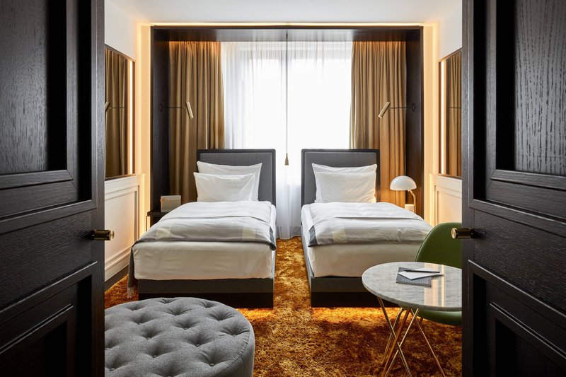 Autograph Collection Roomers Munich-Deluxe Twin/Twin Guest Room<br/>Image from Leonardo