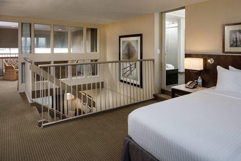 Delta Hotel Calgary South-Delta Loft Suite - Sleeping Area<br/>Image from Leonardo