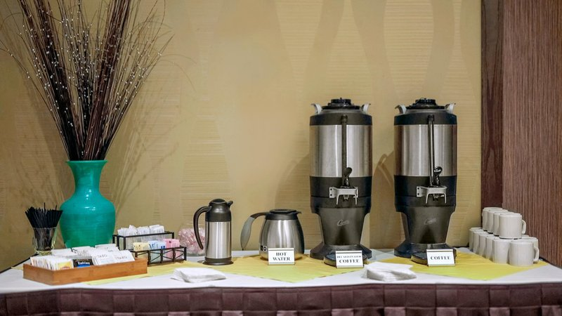Holiday Inn Ann Arbor - Near University of Michigan-Catering Beverage Selection<br/>Image from Leonardo