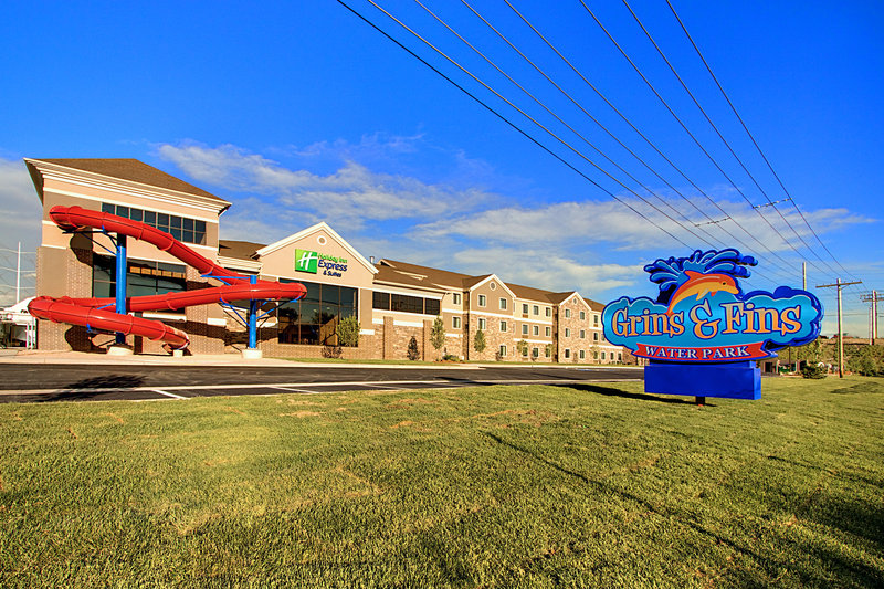Holiday Inn Express & Suites Salt Lake City West Valley-Exterior View of 165' Waterslide<br/>Image from Leonardo