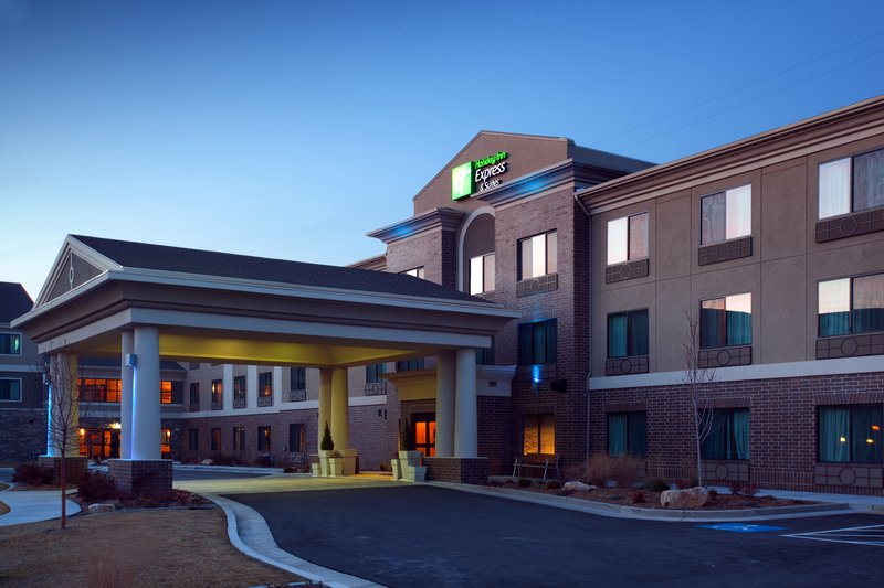 Holiday Inn Express & Suites Salt Lake City West Valley-Hotel Exterior and Courtyard<br/>Image from Leonardo