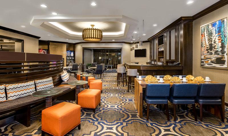 Crowne Plaza Annapolis-Restaurant<br/>Image from Leonardo