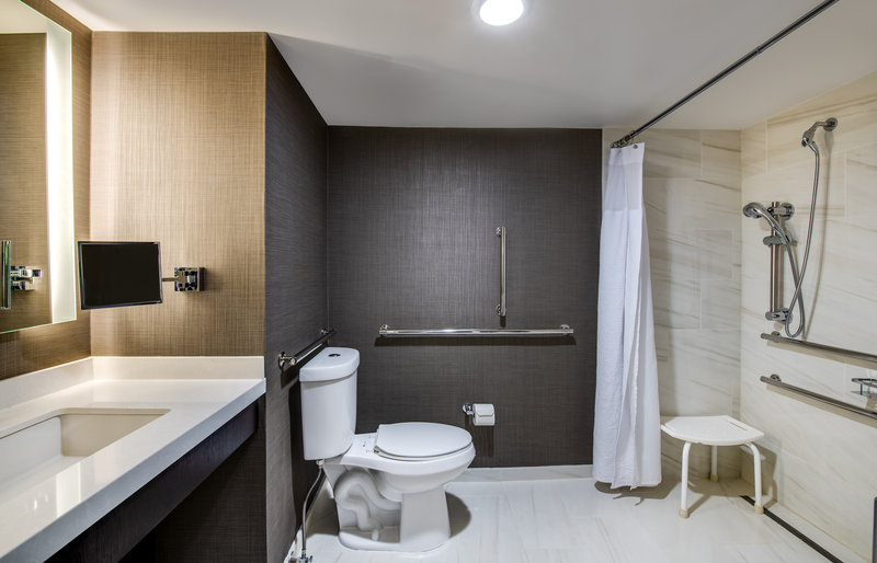 Crowne Plaza Annapolis-Guest Bathroom<br/>Image from Leonardo