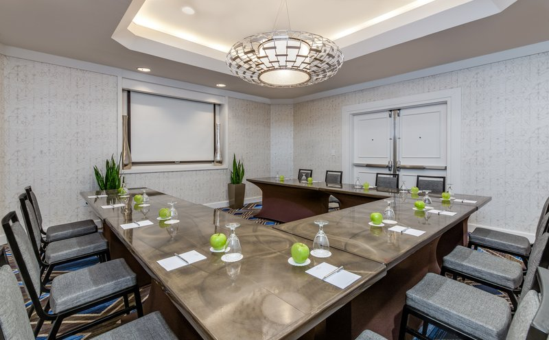 Crowne Plaza Annapolis-Montgomery Meeting Room<br/>Image from Leonardo