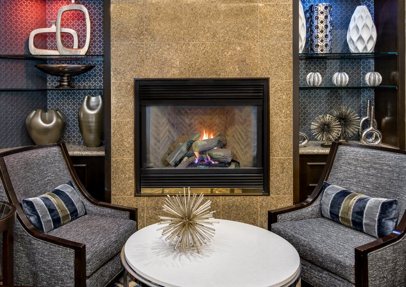 Crowne Plaza Annapolis-Lobby Lounge<br/>Image from Leonardo