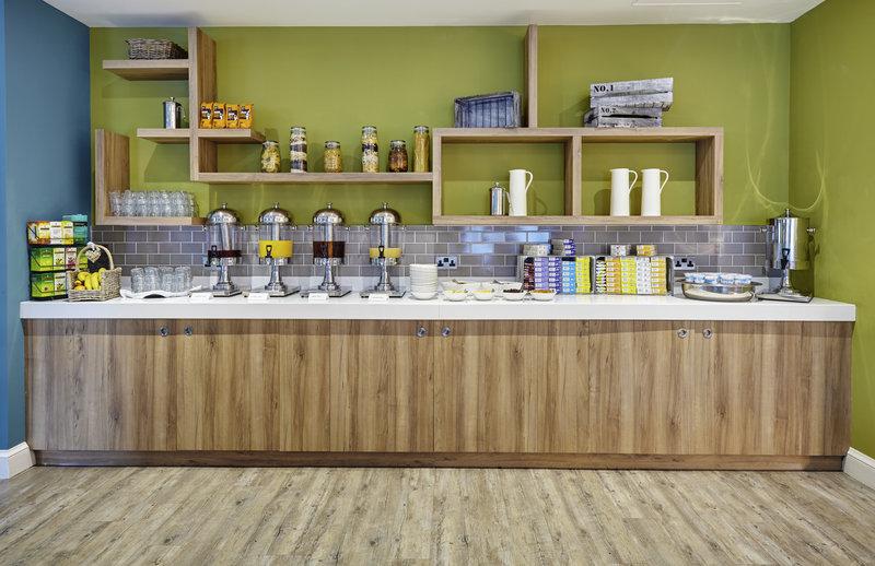 Holiday Inn Cardiff - North M4, Jct.32-Breakfast Buffet<br/>Image from Leonardo