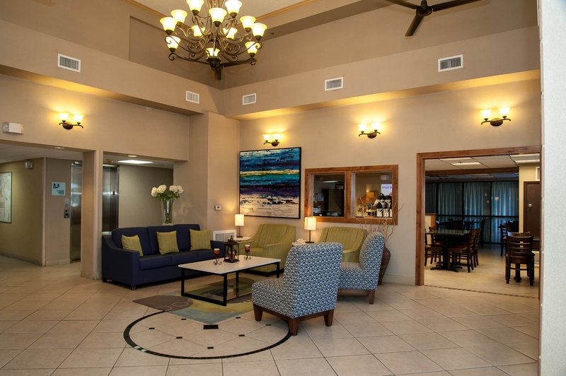Holiday Inn Express Tucson-Airport-Located between I-10 and I-19<br/>Image from Leonardo