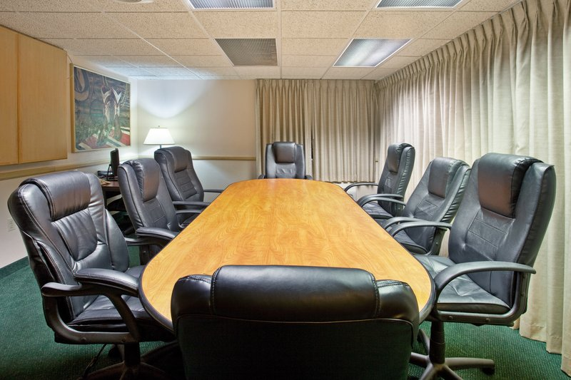Holiday Inn Express Tucson-Airport-Meeting Room have your conference with us comfortable and quiet<br/>Image from Leonardo