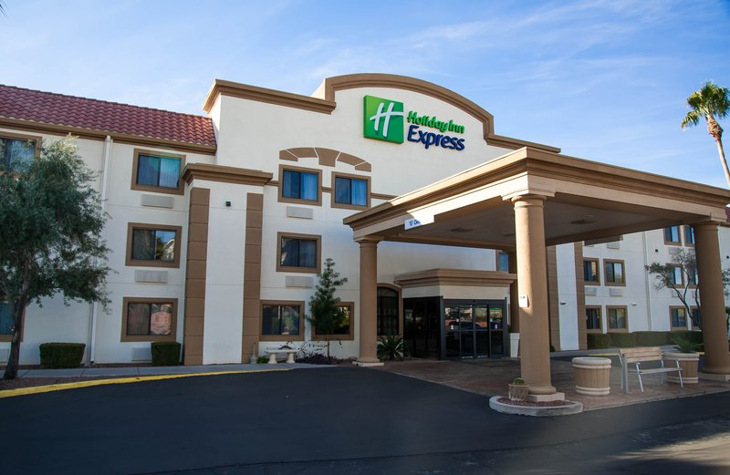 Holiday Inn Express Tucson-Airport-Convenient Free Airport Shuttle/TUS<br/>Image from Leonardo