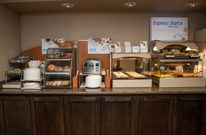 Holiday Inn Express Tucson-Airport-Breakfast is on us enjoy 5:30 - 9:30 AM<br/>Image from Leonardo