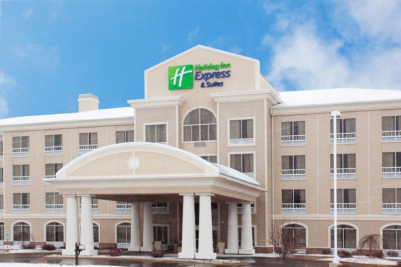 Holiday Inn Express & Suites Rockford-Loves Park-Hotel Exterior<br/>Image from Leonardo