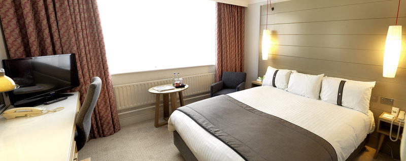 Holiday Inn Peterborough West-Executive room at Holiday Inn Peterborough<br/>Image from Leonardo