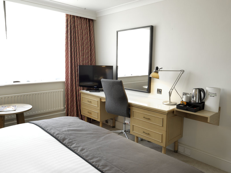 Holiday Inn Peterborough West-Double room at Holiday Inn Peterborough<br/>Image from Leonardo