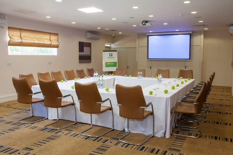 Holiday Inn London Gatwick - Worth-Stylish & Contemporary, Byron Suite<br/>Image from Leonardo