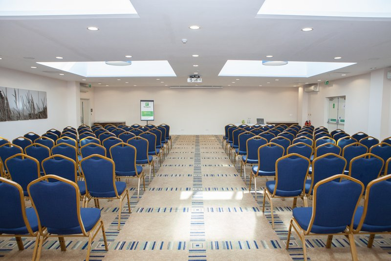 Holiday Inn London Gatwick - Worth-The Sussex Suite can hold up to 250 people in Theatre Style<br/>Image from Leonardo