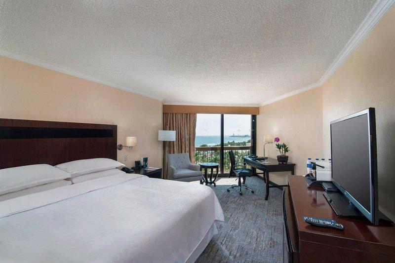 Sheraton Santo Domingo-King Ocean View Guest Room<br/>Image from Leonardo