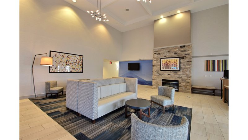 Holiday Inn Express & Suites Milwaukee Airport-Welcome to Holiday Inn Express Milwaukee Airport<br/>Image from Leonardo