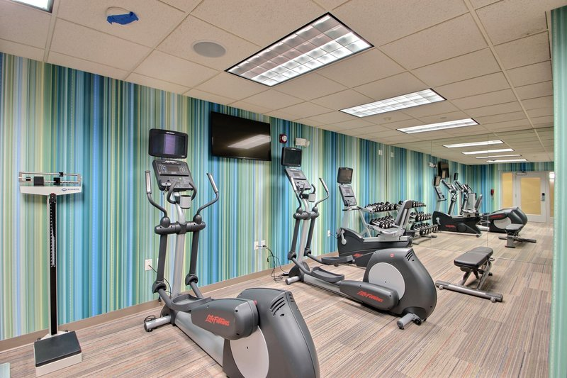 Holiday Inn Express & Suites Milwaukee Airport-State-of-the-art fitness equipment at Milwaukee airport hotel<br/>Image from Leonardo