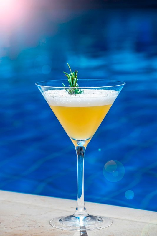 Hotel President Wilson; a Luxury Collection Hotel-Pool Bar - Signature Cocktail<br/>Image from Leonardo