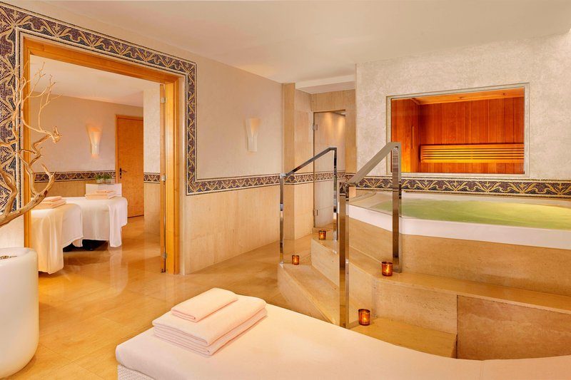 Hotel President Wilson; a Luxury Collection Hotel-Spa La Mer - Double treatment Room<br/>Image from Leonardo