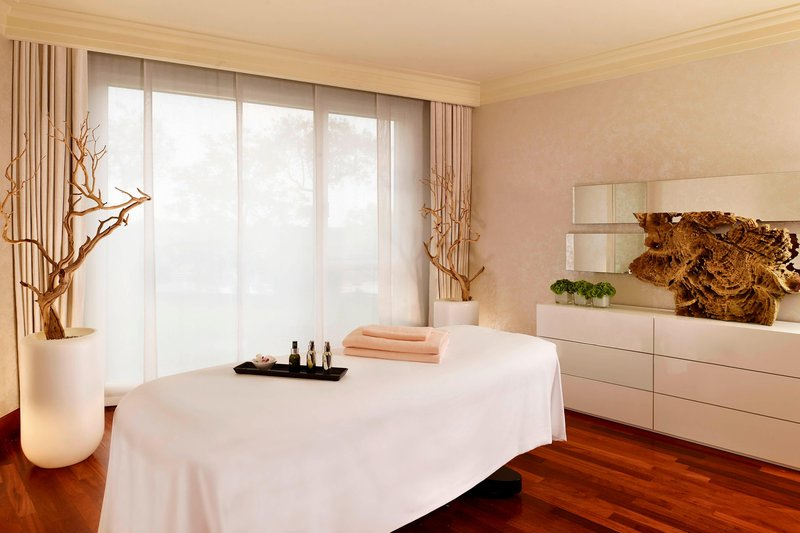 Hotel President Wilson; a Luxury Collection Hotel-Spa La Mer - VIP Treatment Room<br/>Image from Leonardo
