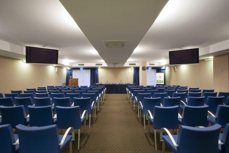 Holiday Inn Salerno - Cava de' Tirreni-Meeting Room Maestrale (110 seats)<br/>Image from Leonardo